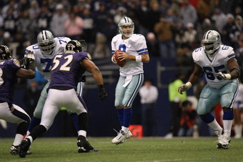 IRVING, TX - DECEMBER 20:  Quarterback Tony Romo #9 of the Dallas Cowboys during play against the Baltimore Ravens at Texas Stadium on December 20, 2008 in Irving, Texas.  (Photo by Ronald Martinez/Getty Images)