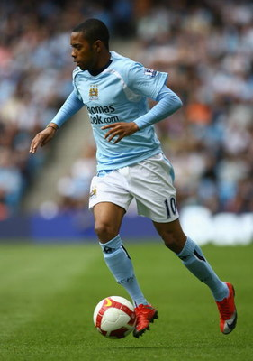 MANCHESTER, UNITED KINGDOM - MAY 02:  Robinho of Manchester City in action during the Barclays Premier League match between Manchester City and Blackburn Rovers at the City of Manchester Stadium on May 2, 2009 in Manchester, England. (Photo by Alex Livese