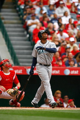 ANAHEIM, CA - MAY 31:  Ken Griffey Jr. #24 of the Seattle Mariners bats against the Los Angeles Angels of Anaheim at Angel Stadium on May 31, 2009 in Anaheim, California.  (Photo by Jeff Gross/Getty Images)