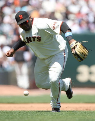 SAN FRANCISCO - JUNE 21: Pablo Sandoval #48 of the San Francisco Giants miss plays a ball against the Texas Rangers during a Major League Baseball game on June 21, 2009 at AT&T Park in San Francisco, California.  (Photo by Jed Jacobsohn/Getty Images)