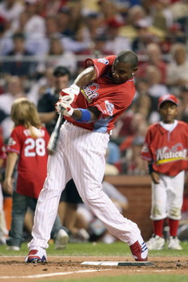 ST LOUIS, MO - JULY 13: National League All-Star Ryan Howard of the Philadelphia Phillies competes in the State Farm Home Run Derby at Busch Stadium on July 13, 2009 in St. Louis, Missouri. (Photo by Elsa/Getty Images)