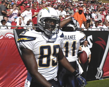 TAMPA, FL - DECEMBER 21: Wide receiver Chris Chambers #89 of the San Diego Chargers celebrates a touchdown against the Tampa Bay Buccaneers at Raymond James Stadium on December 21, 2008 in Tampa, Florida.  (Photo by Al Messerschmidt/Getty Images)