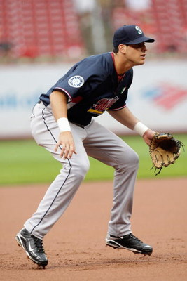 ST. LOUIS, MO - JULY 12:  World Futures All-Star Alex Liddi of the Seattle Mariners plays third base during the 2009 XM All-Star Futures Game at Busch Stadium on July 12, 2009 in St. Louis, Missouri. (Photo by Jamie Squire/Getty Images)