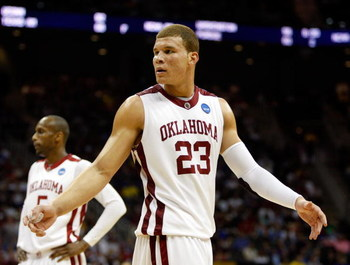 KANSAS CITY, MO - MARCH 21:  Blake Griffin #23 of the Oklahoma Sooners looks on during their second round game against the Michigan Wolverines the NCAA Division I Men's Basketball Tournament at the Sprint Center on March 21, 2009 in Kansas City, Missouri.