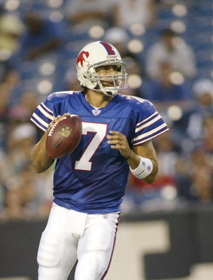 ORCHARD PARK - AUGUST 24:  JP Losman #7 of the Buffalo Bills readies to throw against the Tennessee Titans at a preseason game at Ralph Wilson Stadium August 24, 2007 in Orchard Park, New York.  (Photo by Rick Stewart/Getty Images)