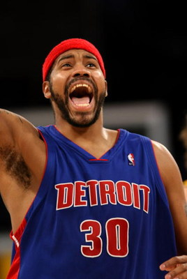 LOS ANGELES, CA - NOVEMBER 14:  Rasheed Wallace #30 of the Detroit Pistons celebrates during the game against the Los Angeles Lakers on November 14, 2008 at Staples Center in Los Angeles, California. The Pistons won 106-95.   NOTE TO USER: User expressly
