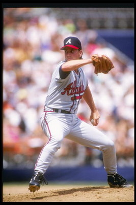 22 Apr 1992: Pitcher Tom Glavine of the Atlanta Braves prepares to throw the ball during a game against the San Diego Padres at Jack Murphy Stadium in San Diego, California.