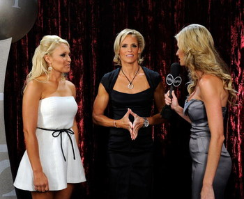 LOS ANGELES, CA - JULY 15:  ***EXCLUSIVE*** Golfer Natalie Gulbis and olympic swimmer Dara Torres talk backstage with ESPN personality Erin Andrews during the 2009 ESPY Awards held at Nokia Theatre LA Live on July 15, 2009 in Los Angeles, California. The