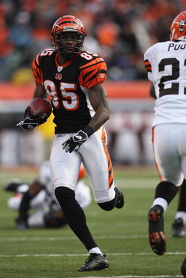 CINCINNATI, OH - DECEMBER 23:  Chad Johnson #85 of the Cincinnati Bengals runs for yards against the Cleveland Browns on December 23, 2007 at Paul Brown Stadium in Cincinnati, Ohio. (Photo by Andy Lyons/Getty Images)