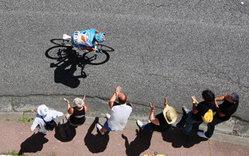 SAINT-GAUDENS, FRANCE - JULY 12:  Pierrick Fedrigo of BBOX Bouygues Telecom makes an attack on stage nine of the 2009 Tour de France from Saint-Gaudens to Tarbes, on July 10, 2009 in Saint-Gaudens.  (Photo by Bryn Lennon/Getty Images)