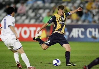 GOSFORD, AUSTRALIA - MAY 19: Alex Wilkinson of the Mariners takes a shot at goal during the AFC Champions League Group H match between the Central Coast Mariners and the Tianjin Teda at Bluetongue Stadium on May 19, 2009 in Gosford, Australia.  (Photo by