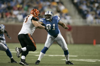 DETROIT, MI - AUGUST 9: Defensive end Ikaika Alama-Francis #91 of the Detroit Lions runs in pursuit against the Cincinnati Bengals at Ford Field on August 9, 2007 in Detroit, Michigan. The Lions defeated the Bengals 27-26.  (Photo by Scott Boehm/Getty Ima