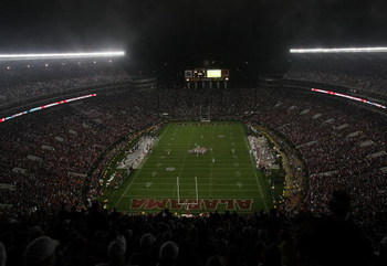 TUSCALOOSA, AL - NOVEMBER 29:  A view from high in the stadium as the Alabama Crimson Tide take on the Auburn Tigers at Bryant-Denny Stadium on November 29, 2008 in Tuscaloosa, Alabama. Alabama defeated Auburn 36-0.  (Photo by Doug Benc/Getty Images)
