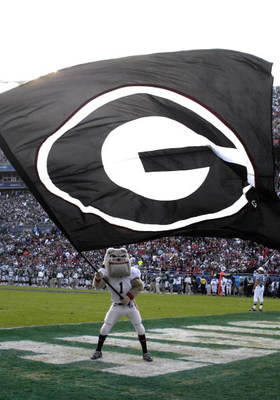 ORLANDO, FL - JANUARY 1: The mascot of the University of Georgia waoves a giant flag and celebrates a touchdown against the Michigan State Spartans at the 2009 Capital One Bowl at the Citrus Bowl on January 1, 2009 in Orlando, Florida.  (Photo by Al Messe