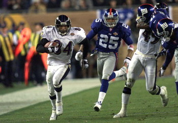 28 Jan 2001: Jermaine Lewis #84 of the Baltimore Ravens races down the sidelines for a 84 yard touchdown against the New York Giants during Super Bowl XXXV at Raymond James Stadium in Tampa, Florida. The Ravens defeated the Giants 34-7. DIGITAL IMAGE. Man