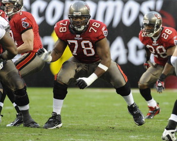TAMPA, FL - NOVEMBER 30: Guard Aaron Sears #78 of the Tampa Bay Buccaneers sets to block against the New Orleans Saints at Raymond James Stadium on November 30, 2008 in Tampa, Florida.  (Photo by Al Messerschmidt/Getty Images)