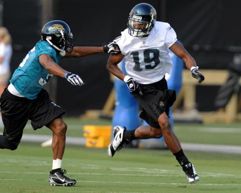 JACKSONVILLE, FL - MAY 1:  Wide receiver Tiquan Underwood #19 of the Jacksonville Jaguars runs for a pass during a team mini-camp on May 1, 2009 on the practice fields at Jacksonville Municipal Stadium in Jacksonville, Florida.  (Photo by Al Messerschmidt