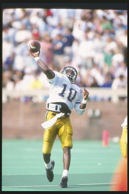 19 Sep 1992:  Quarterback Shawn Jones of the Georgia Tech Yellow Jackets throws the ball during a game against the Virginia Cavaliers at Scott Stadium in Charlottesville, Virginia.  Virginia won the game 55-24. Mandatory Credit: Rick Stewart  /Allsport