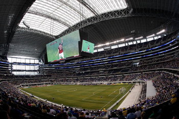 ARLINGTON, TX - JULY 26:  A general view of Chelsea FC and Club America during the World Football Challenge at Dallas Cowboys Stadium on July 26, 2009 in Arlington, Texas.  (Photo by Ronald Martinez/Getty Images)