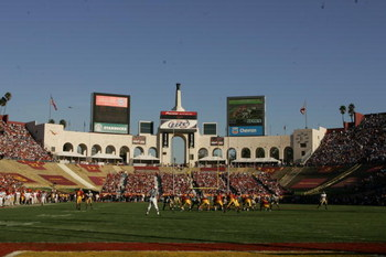 LOS ANGELES - DECEMBER 3:  General view of the stadium during the game between the UCLA Bruins and the USC Trojans on December 3, 2005 at the Los Angeles Memorial Coliseum in Los Angeles, California.  USC won 66-19.  (Photo by Stephen Dunn/Getty Images)