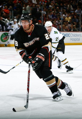 ANAHEIM, CA - APRIL 10:  Francois Beauchemin #23 of the Anaheim Ducks skates against the Dallas Stars at the Honda Center on April 10, 2009 in Anaheim, California. The Ducks defeated the Stars 4-3 in a shootout.  (Photo by Jeff Gross/Getty Images)