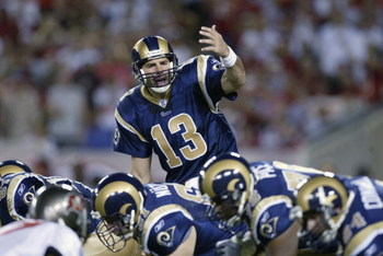 TAMPA, FL - SEPTEMBER 23:  Quarterback Kurt Warner #13 of the St. Louis Rams calls an audible during the NFL game against the Tampa Bay Buccaneers on September 23, 2002 at Raymond James Stadium in Tampa, Florida. The Buccaneers won 26-14. (Photo by Andy L