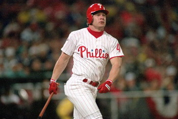 PHILADELPHIA - OCTOBER 19:  Lenny Dykstra #4 of the Philadelphia Phillies bats during Game three of the 1993 World Series against the Toronto Blue Jays at Veterans Stadium on October 19, 1993 in Philadelphia, Pennsylvania. The Blue Jays defeated the Phill