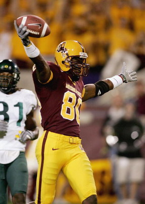 TEMPE, AZ - OCTOBER 08:   Derek Hagen #80 of the Arizona St. Sun Devils celebrates a touchdown catch against the Oregon Ducks on October 8, 2005 at Sun Devil Stadium Stadium in Tempe, Arizona.   (Photo by Jonathan Ferrey/Getty Images)