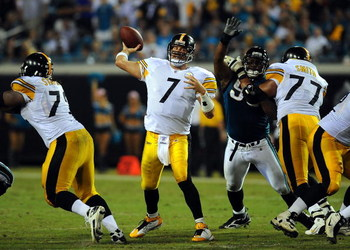 JACKSONVILLE, FL - OCTOBER 05:  Ben Roethlisberger #7 of the Pittsburgh Steelers throws a pass in a game against the Jacksonville Jaguars at Jacksonville Municipal Stadium on October 5, 2008 in Jacksonville, Florida.  (Photo by Sam Greenwood/Getty Images)
