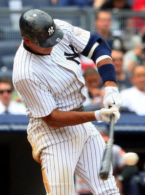 NEW YORK - JULY 22:  Alex Rodriguez #13 of the New York Yankees bats against the Baltimore Orioles on July 22, 2009 at Yankee Stadium in the Bronx borough of New York City.  (Photo by Jim McIsaac/Getty Images)