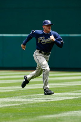 ANAHEIM, CA - JUNE 14:  David Eckstein #3 of the San Diego Padres runs against the Los Angeles Angels of Anaheim at Angel Stadium on June 14, 2009 in Anaheim, California. The Angels defeated the Padres 6-0.  (Photo by Jeff Gross/Getty Images)