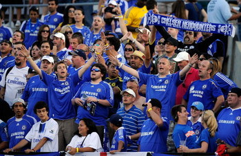 PASADENA, CA - JULY 21:  Chelsea FC fans chant in support of their team during warm up prior to the World Football Challenge between Chelsea FC and Inter Milan at the Rose Bowl on July 21, 2009 in Pasadena, California.  (Photo by Kevork Djansezian/Getty I