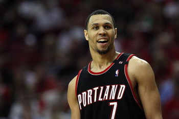 HOUSTON - APRIL 30:  Guard Brandon Roy #7 of the Portland Trail Blazers in Game Six of the Western Conference Quarterfinals during the 2009 NBA Playoffs at Toyota Center on April 30, 2009 in Houston, Texas. NOTE TO USER: User expressly acknowledges and ag