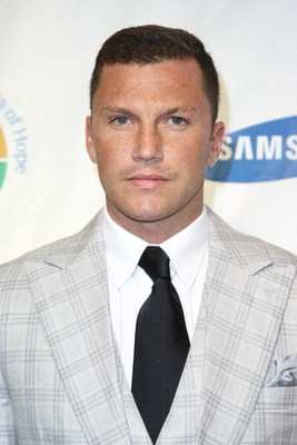 NEW YORK - JUNE 16:  Former NY Ranger hockey player Sean Avery attends Samsung's 8th Annual Four Seasons Of Hope Gala at Cipriani Wall Street on June 16, 2009 in New York City.  (Photo by Neilson Barnard/Getty Images)