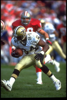 15 NOV 1992:  NEW ORLEANS SAINTS WIDE RECEIVER ERIC MARTIN MAKES A MOVE AFTER MAKING CATCH DURING 20-21 LOSS TO THE SAN FRANCISCO 49ERS AT CANDLESTICK PARK IN SAN FRANCISCO, CALIFORNIA.