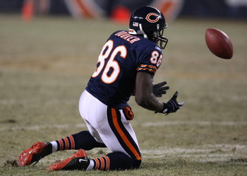CHICAGO - DECEMBER 22:  Marty Booker #86 of the Chicago Bears drops a pass against the Green Bay Packers on December 22, 2008 at Soldier Field in Chicago, Illinois. The Bears defeated the Packers 20-17 in overtime. (Photo by Jonathan Daniel/Getty Images)