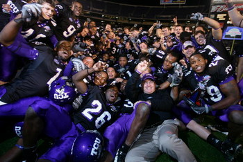 SAN DIEGO, CA - DECEMBER 23:  Head Coach Gary Patterson of the TCU Horned Frogs and his team celebrate their 17-16 win over Boise State Broncos during the San Diego County Credit Union Poinsettia Bowl at Qualcomm Stadium on December 23, 2008 in San Diego,