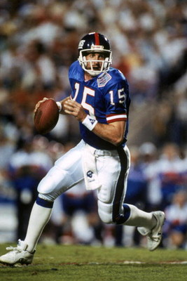 TAMPA, FL - JANUARY 27:  Quarterback Jeff Hostetler #15 of the New York Giants rolls out against the Buffalo Bills during Super Bowl XXV at Tampa Stadium on January 27, 1991 in Tampa, Florida. The Giants defeated the Bills 20-19.  (Photo by George Rose/Ge