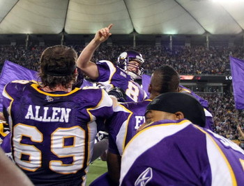 MINNEAPOLIS - DECEMBER 28:   Ryan Longwell #8 of the Minnesota Vikings  is hoisted up by teammates after he kicked the game winning field goal against the New York Giants on December 28,2008 at the Hubert H. Humphrey Metrodome in Minneapolis, Minnesota. T