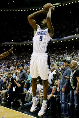 ORLANDO, FL - MAY 26:  Rashard Lewis #9 of the Orlando Magic shoots with four seconds left in the fourth quarter to take the lead 100-98 over the Cleveland Cavaliers in Game Four of the Eastern Conference Finals during the 2009 NBA Playoffs at the Amway A