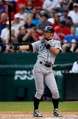 ARLINGTON, TX - JULY 31:  Ichiro Suzuki #51 of the Seattle Mariners on July 31, 2009 at Rangers Ballpark in Arlington, Texas.  (Photo by Ronald Martinez/Getty Images)