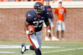 CHARLOTTESVILLE, VA - AUGUST 30:  Cedric Peerman #37 of the Virginia Cavaliers carries the ball during the game against the Southern California Trojans at Scott Stadium on August 30, 2008 in Charlottesville, Virginia.  (Photo by Kevin C. Cox/Getty Images)