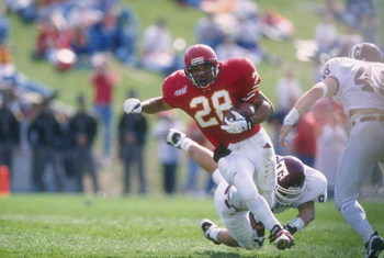 12 Oct 1996:  Running back Troy Davis of the Iowa State Cyclones carries the football during the Cyclones 24-21 loss to the Texas A&M Aggies at Cyclone Stadium in Ames, Iowa. Mandatory Credit: Stephen Dunn  /Allsport