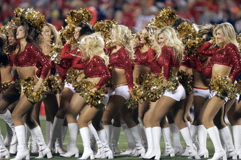 KANSAS CITY, MO - NOVEMBER 23: Cheerleaders of the Kansas City Chiefs perform on the field during the game against the Denver Broncos on November 23, 2006 at Arrowhead Stadium in Kansas City, Missouri. The Chiefs won, 19-10. (Photo by Brian Bahr/Getty Ima