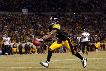 PITTSBURGH - JANUARY 18:  Limas Sweed #14 of the Pittsburgh Steelers can't make the catch on a deep pass against the Baltimore Ravens during the AFC Championship game on January 18, 2009 at Heinz Field in Pittsburgh, Pennsylvania.  (Photo by Streeter Leck