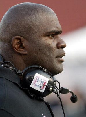 LOS ANGELES, CA - FEBRUARY 1:   Team Dream Coach Lawrence Taylor during the First Annual Lingerie Bowl, presented by PartyPoker.com, at the Los Angeles Coliseum on February 1st, 2004 in Los Angeles, California. (Photo by Frazer Harrison/Getty Images For H