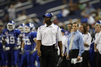 DETROIT - DECEMBER 5:  Head Coach Turner Gill of the Buffalo Bulls looks on against the Ball State Cardinals during the MAC Championship game on December 5, 2008 at Ford Field in Detroit Michigan. (Photo by: Gregory Shamus/Getty Images)
