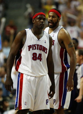 AUBURN HILLS, MI - MAY 31:  (L-R) Chris Webber #84 and Rasheed Wallace #36 of the Detroit Pistons on court late in the game against the Cleveland Cavaliers in Game Five of the Eastern Conference Finals during the 2007 NBA Playoffs at The Palace of Auburn
