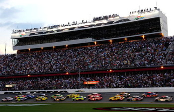 BRISTOL, TN - AUGUST 22:  Mark Martin, driver of the #5 Pop Tarts/CARQUEST Chevrolet, leads the field during the NASCAR Sprint Cup Series Sharpie 500 at Bristol Motor Speedway on August 22, 2009 in Bristol, Tennessee.  (Photo by Ronald Martinez/Getty Imag