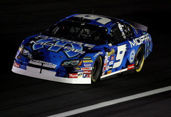 CONCORD, NC - OCTOBER 14:  Kasey Kahne drives the #9 Dodge Dealers/UAW Dodge, during the NASCAR Nextel Cup Series Bank of America 500 on October 14, 2006 at Lowe's Motor Speedway in Concord, North Carloina.  (Photo by Streeter Lecka/Getty Images)